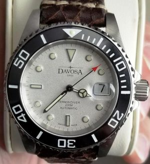 DAVOSA TERNOS DIVER 200 Meters 40mm Automatic Swiss Watch