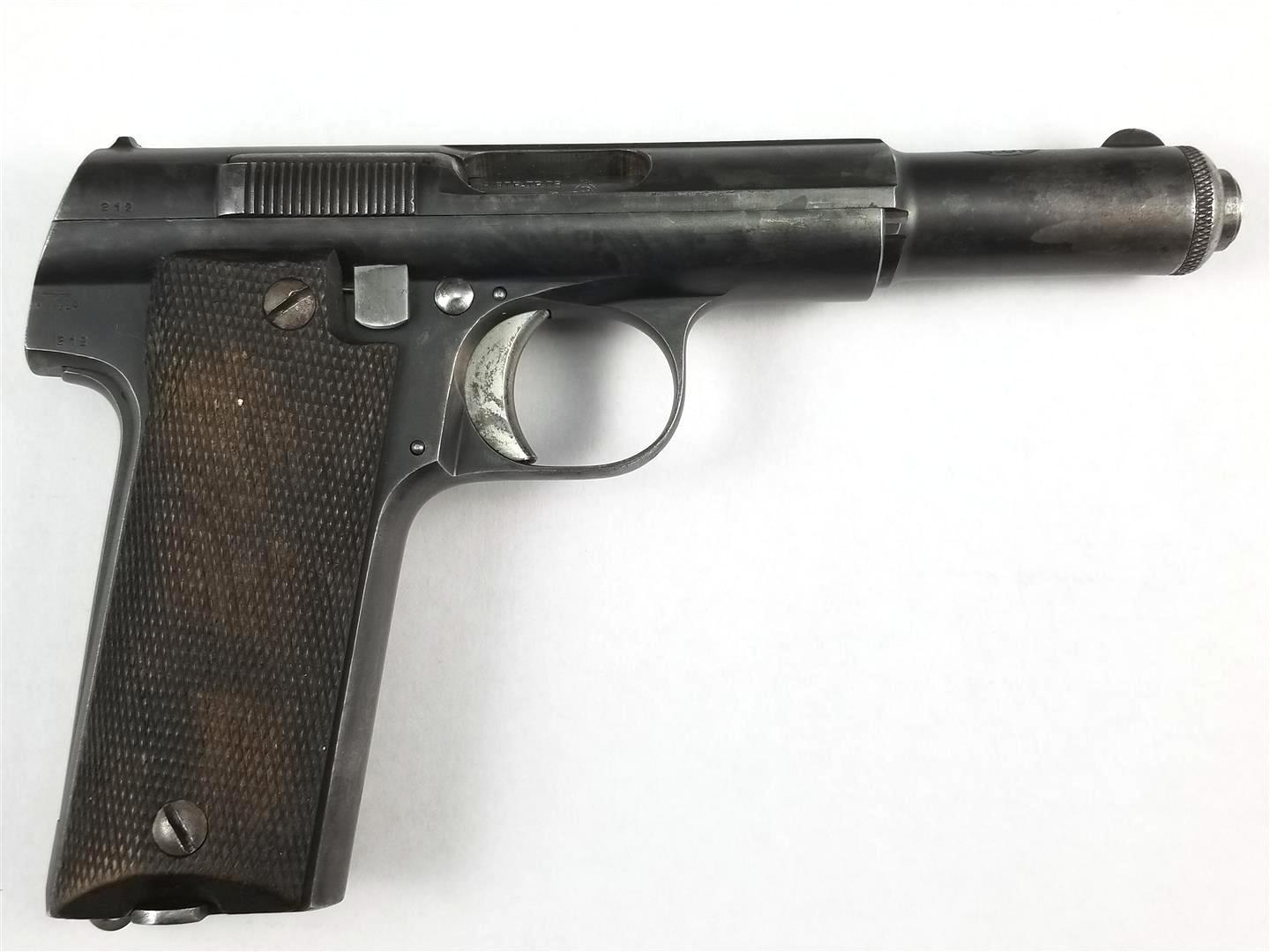 1//6 WWII Homemade Astra 600 semi automatic pistol Spanish German