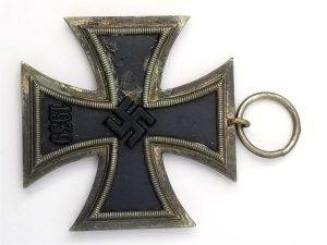 WWII German Iron Cross 2d Class